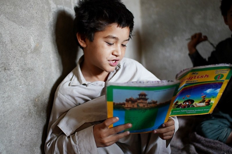 کووِڈ 19 میں اور اس کے بعد پاکستان کو تعلیم دینا: کیا اسکول کھولنا کافی ہے؟