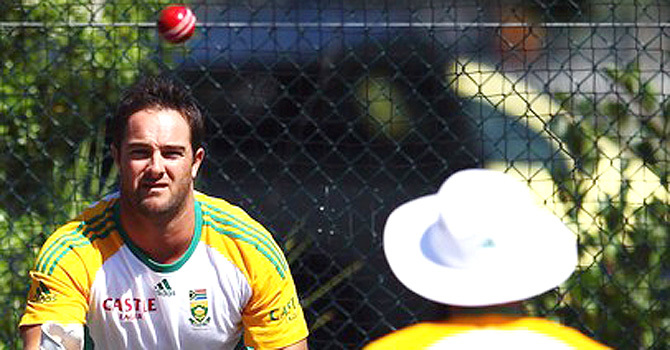 جنوبی افریقہ کو ٹیم کے انتخاب میں 'بہادرانہ' فیصلہ کرنا ہوگا، مارک باؤچر
