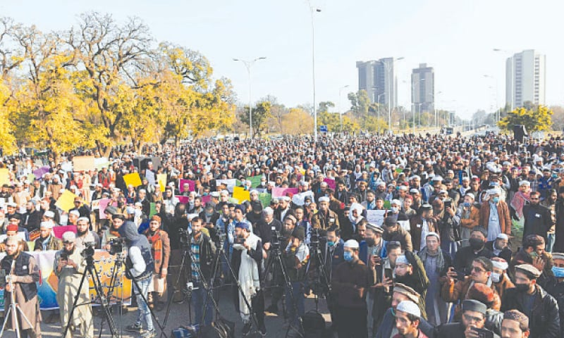ISLAMABAD: Students of seminaries hold a demonstration against the government's madressah reforms plan on Tuesday.—PPI