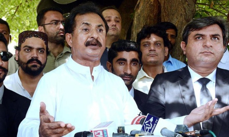 In this Sept 23 file photo, PTI MPA Haleem Adil Sheikh speaks to reporters outside Sindh Secretariat. — APP/File