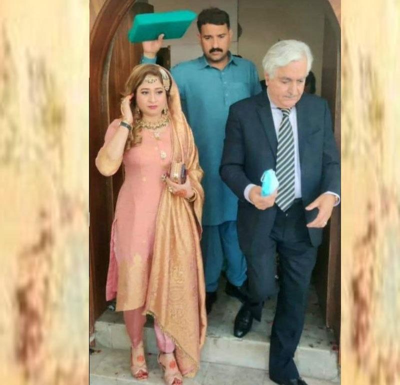 شادی کی خبروں پر افتخار گیلانی نے کوئی بیان جاری نہیں کیا—فوٹو: ٹوئٹر