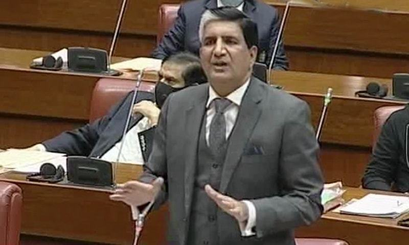 Senator Javed Abbasi said learning Arabic could open up job opportunities for Pakistanis in a Senate session. — DawnNewsTV