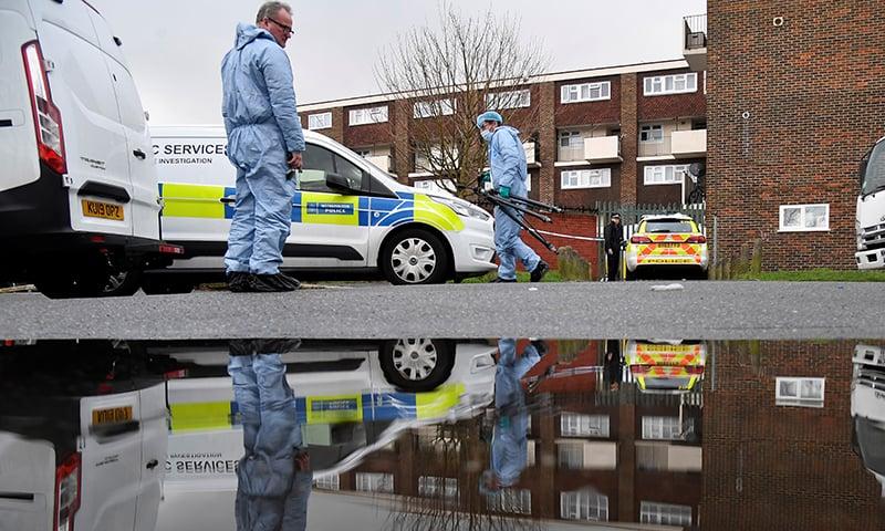 لندن میں چاقو کے حملوں کے سلسلہ وار پانچ واقعات، ایک شخص ہلاک، 9 زخمی