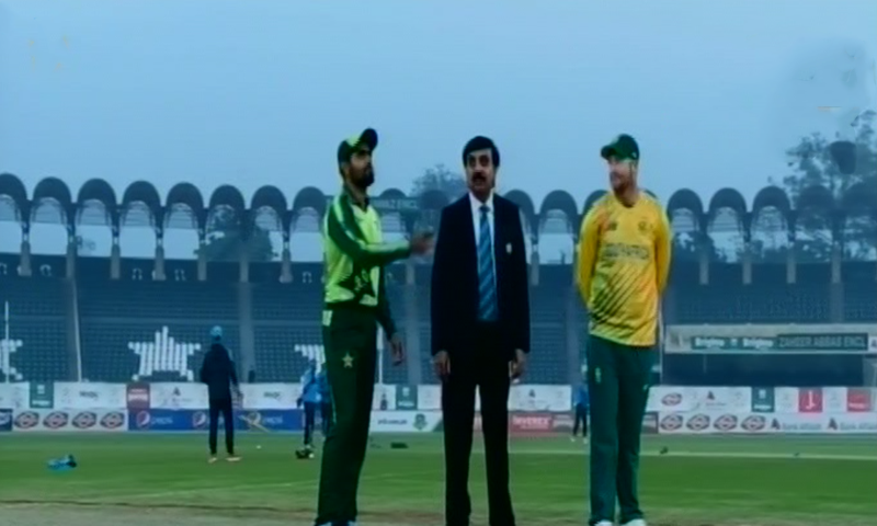 South Africa won the toss and opted to field in the first T20 against Pakistan. — DawnNewsTV