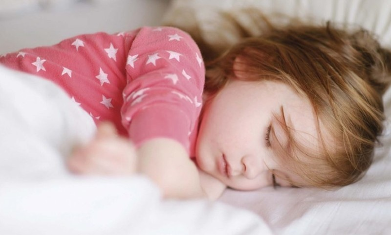 بچوں اور نوجوانوں کی اچھی ذہنی صحت کیلئے مناسب نیند ضروری