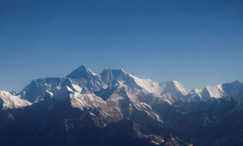 ماؤنٹ ایورسٹ سر کرنے کا جھوٹا دعویٰ، بھارتی کوہ پیماؤں پر پابندی
