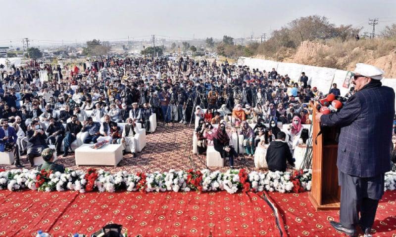 Interior Minister Sheikh Rashid Ahmed speaks at a gathering on Sunday. — APP
