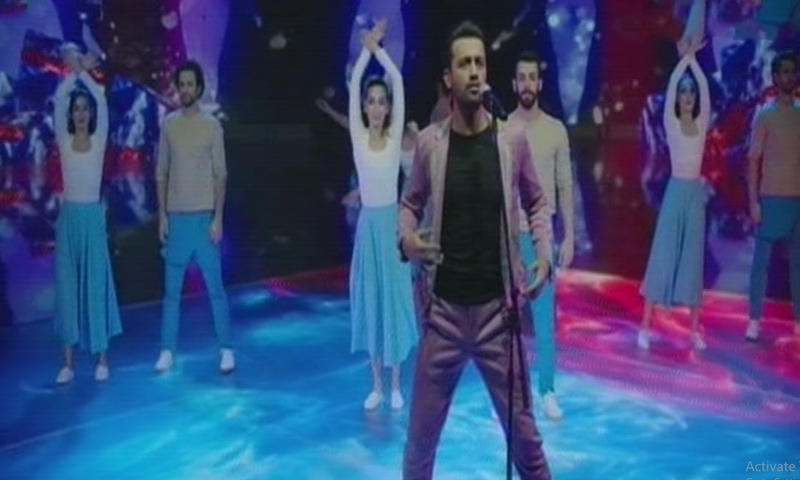 Atif Aslam performs at the opening ceremony of PSL in Karachi on Saturday. — DawnNewsTV