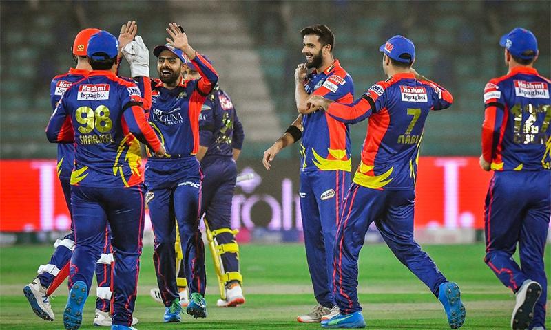 کراچی کنگز نے یکطرفہ مقابلے کے بعد 7 وکٹوں سے فتح حاصل کر لی— فوٹو بشکریہ پی ایس ایل