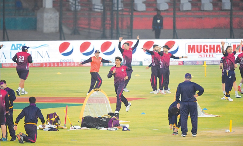 PLAYERS of Quetta Gladiators warm up before the opening fixture of PSL 6 against Karachi Kings at the National Stadium on Saturday.—Tahir Jamal/White Star
