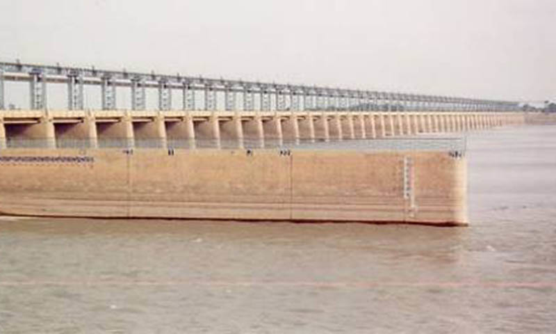 The Sindh irrigation department and the Water and Power Develop­ment Authority (Wapda) are at loggerheads over the construction of the Rs125 billion Sindh barrage. — Dawn/File
