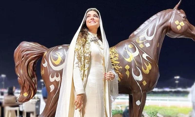 سعودیہ: دنیا کے مہنگے گھڑ دوڑ مقابلوں میں خواتین ملبوسات کے جلوے