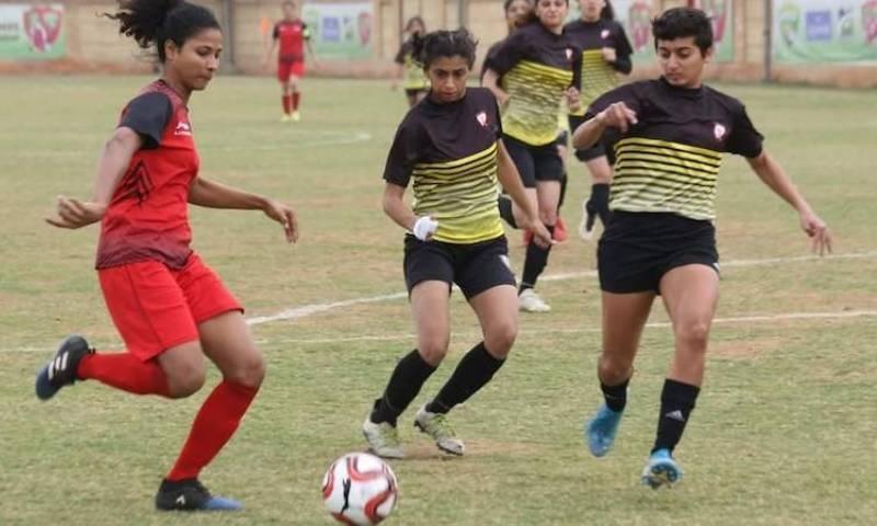 کراچی: عالمی یومِ خواتین کے موقع پر نیشنل ویمن فٹ بال چیمپئن شپ 2021 کا آغاز