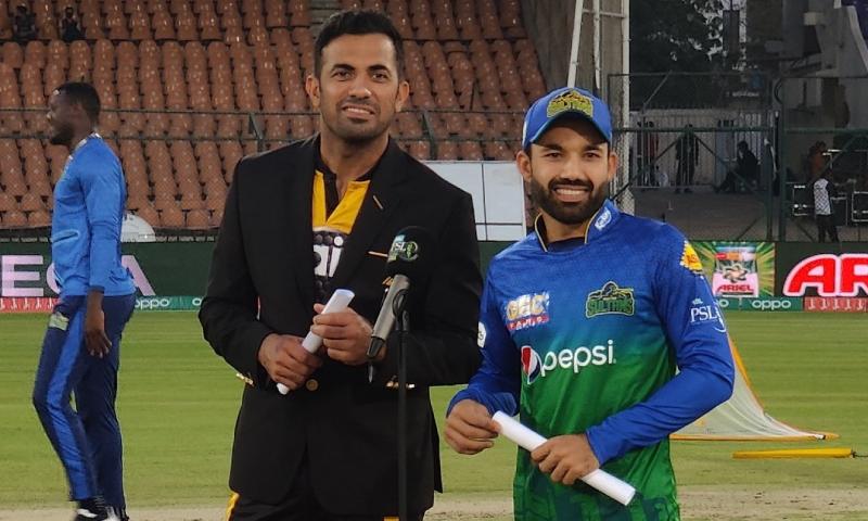 دونوں ٹیموں نے دو، دو تبدیلیاں کیں —فوٹو: پشاور زلمی ٹوئٹر