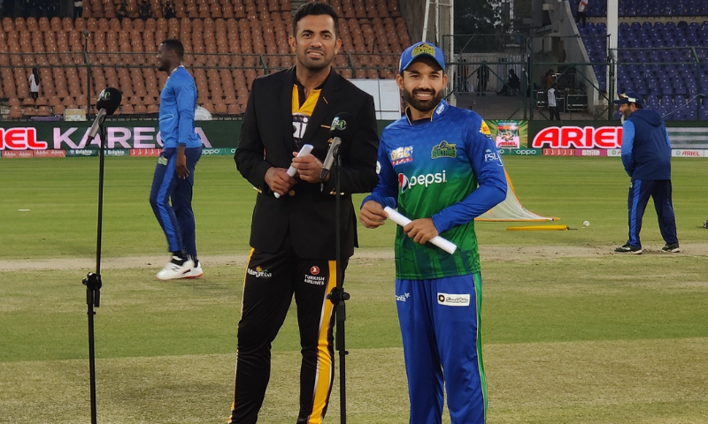 Peshawar Zalmi captain Wahab Riaz and Multan Sultans captain Mohammad Rizwan are seen in the field after the toss. — Photo courtesy: Peshawar Zalmi Twitter