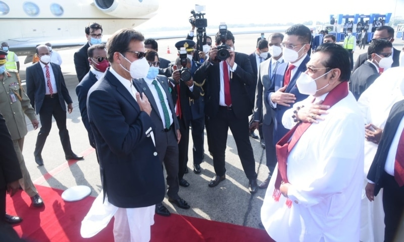 Prime Minister Imran Khan is greeted by his Sri Lankan counterpart Mahinda Rajapaksa upon arrival in Colombo. — Photo courtesy: PMO