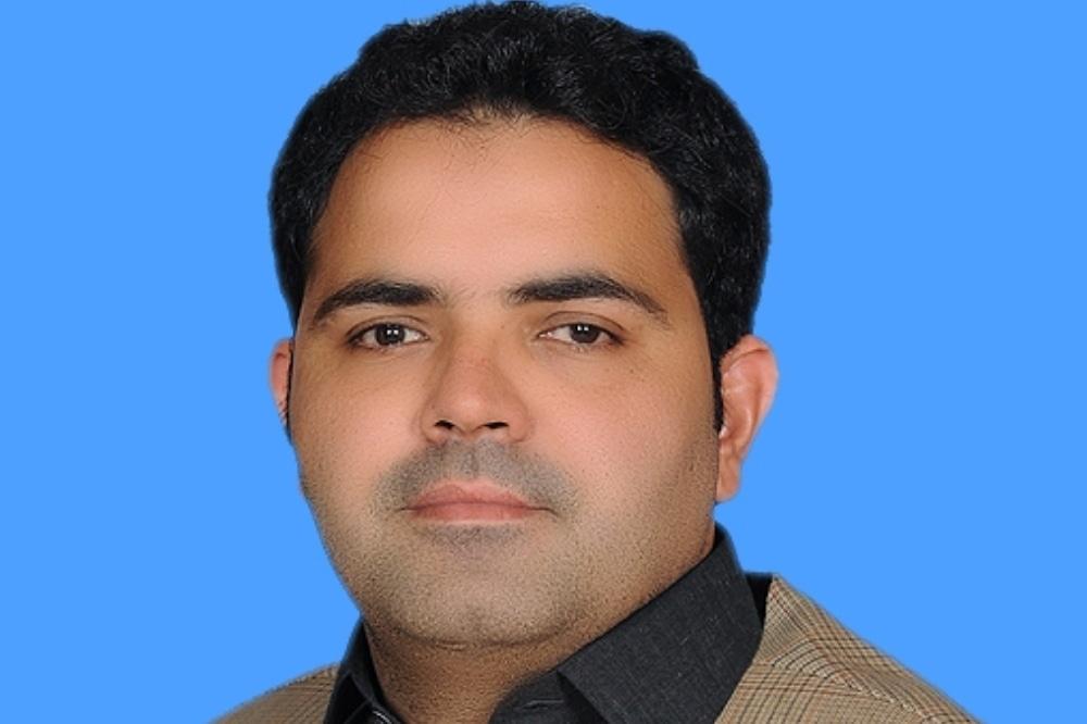National Assembly Speaker Asad Qaiser on Wednesday issued a letter to Pakistan Tehreek-i-Insaf (PTI) MNA from Karachi Faheem Khan. — Photo courtesy NA website