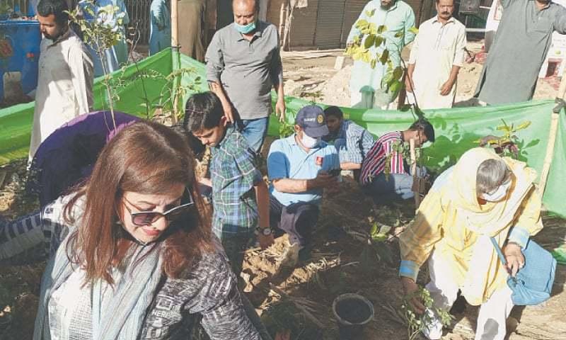کراچی کا معروف علاقہ 'ڈینسو ہال' واکنگ اسٹریٹ میں تبدیل