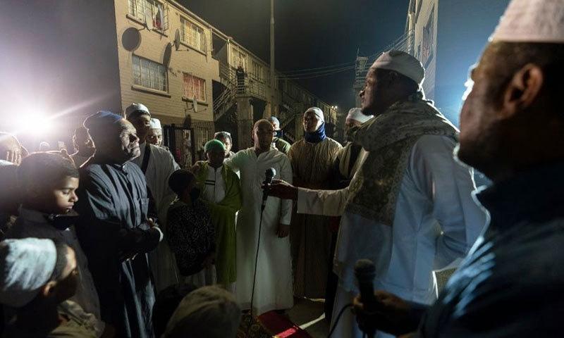 مسلمانوں کی مذہبی مجالس سے علاقے میں مذہبی ہم آہنگی بھی پیدا ہوگئی—فوٹو: شیراز محمد/ بی بی سی