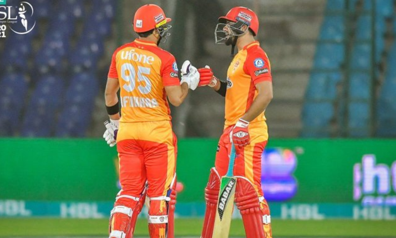 اسلام آباد یونائیٹڈ کے ایک کھلاڑی کا کورونا ٹیسٹ مثبت، میچ ملتوی