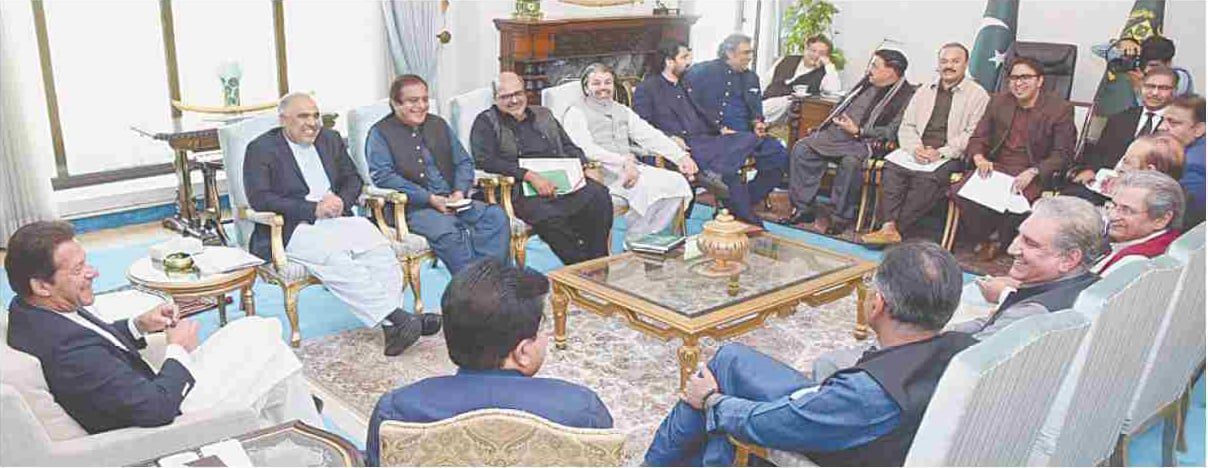 ISLAMABAD: Prime Minister Imran Khan chairs a meeting on Thursday.—INP