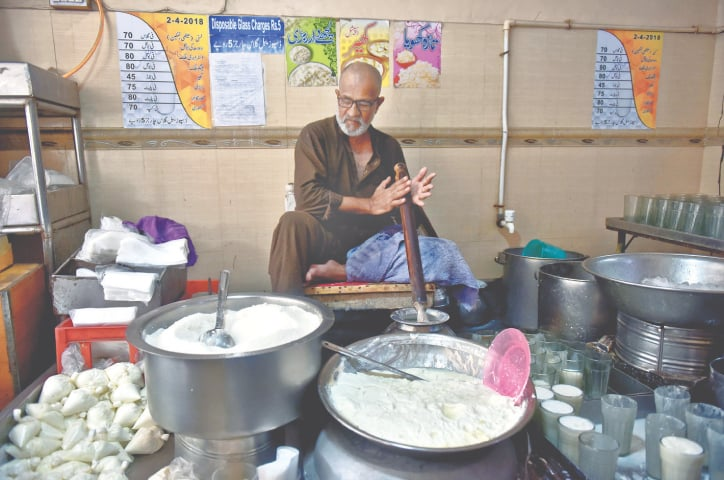 A shopkeeper prepares lassi | Fahim Siddiqi/White Star