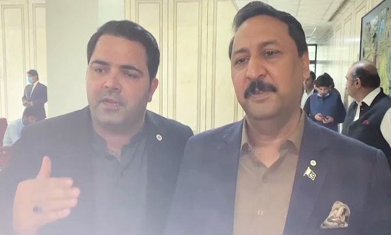 Talking to media in Parliament House, Jamil Ahmed (R) and Fahim Khan (L) admitted that both of them were present in the video clip but they did not call it a sting operation. — DawnNewsTV