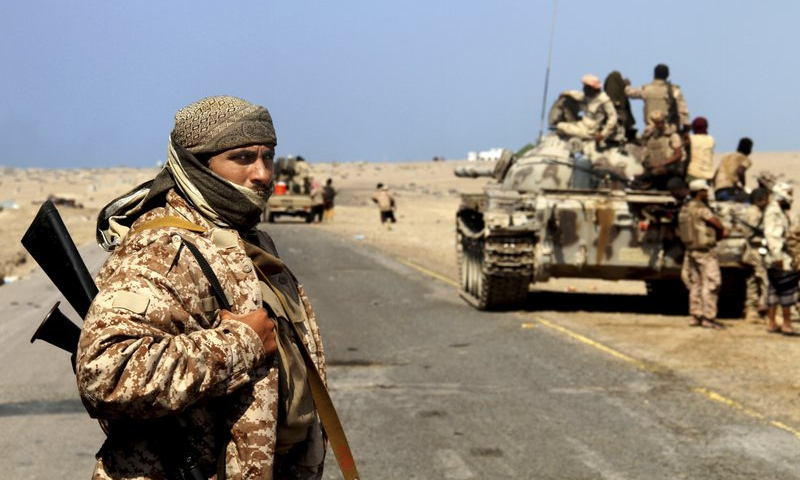 Fierce fighting between Yemeni pro-government forces and Iran-backed Houthi rebels has killed at least 90 combatants on both sides in the past 24 hours, government military sources. — AP/File