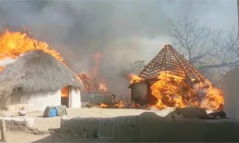 تھر میں آتشزدگی سے 230 مکانات تباہ