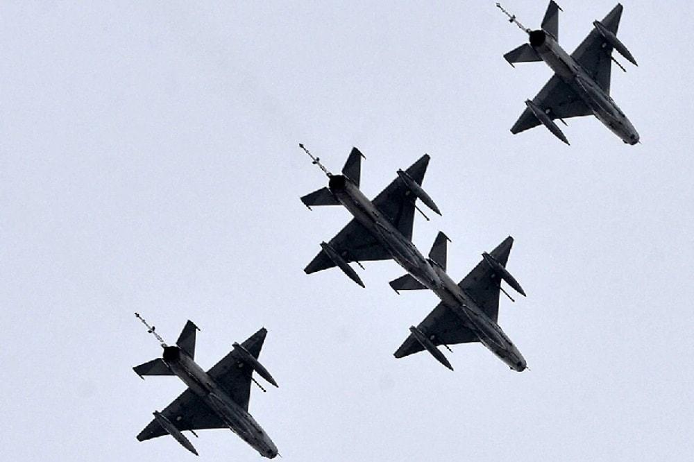 پاکستان بھاری ہتھیاروں کے بڑے درآمد کنندگان میں شامل