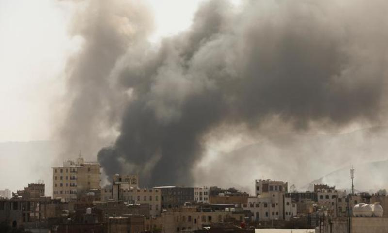 سعودی آئل ریفائنری پر حوثی باغیوں کا ڈرون حملہ