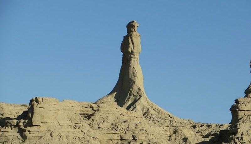 Deep in Balochistan, The Princess of Hope rises up against the horizon. — Photo: Noman Ansari