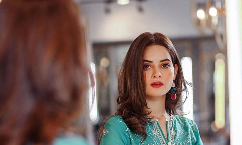 منال خان کو بہن ایمن خان سے آداب سیکھنے کا مشورہ