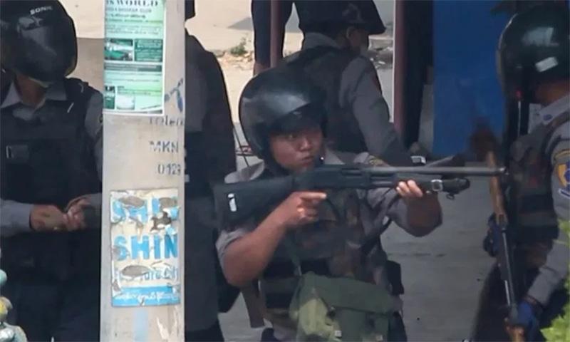 میانمار: خونریزی پر سوگ، مقتولین کی آخری رسومات کے دوران فوج کی فائرنگ