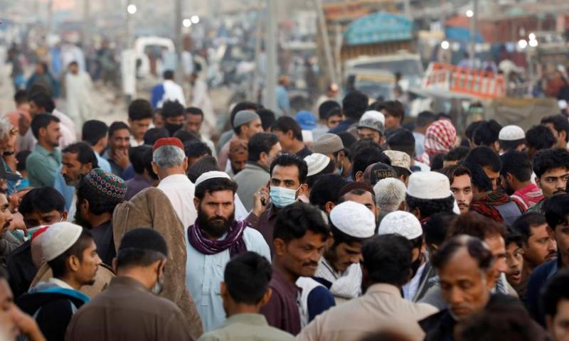 پاکستان میں جون کے بعد کورونا وائرس کے ریکارڈ 4 ہزار 974 کیسز رپورٹ