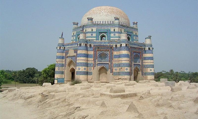 اوچ شریف، تصویر — وکی پیڈیا