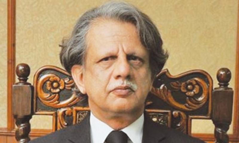 حکومت نے جسٹس (ر) عظمت سعید شیخ کو براڈ شیٹ کمیشن کا سربراہ مقرر کیا تھا —فائل/فوٹو: ڈان