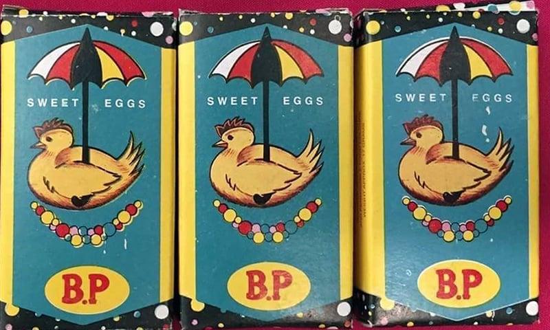 بطخ کے انڈے والی میٹھی گولیاں