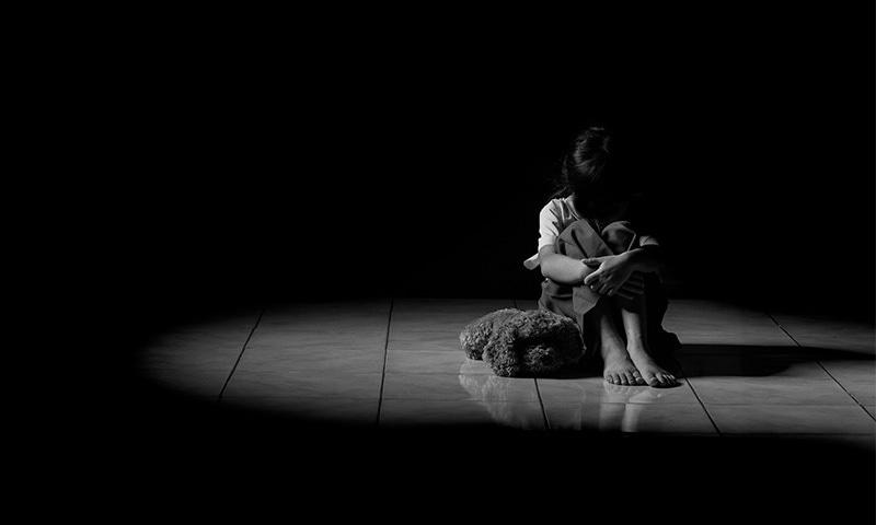 زیادتی کے شکار زیادہ تر بچوں کا تعلق 6-15 سال کی عمر سے ہے—تصویر: شٹراسٹاک