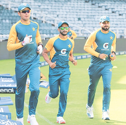 JOHANNESBURG: (L to R) Pakistan fast bowlers Shaheen Shah Afridi, Hasan Ali and Faheem Ashraf jog during a training session at the Wanderers on Friday.—Courtesy PCB