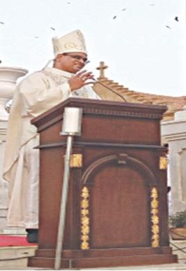 ARCHBISHOP Benny Mario Travas speaks at the mass.—Photo by writer