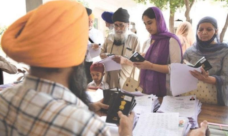 بیساکھی میلے میں شرکت کیلئے 1100 سے زائد سکھ یاتریوں کو ویزے جاری