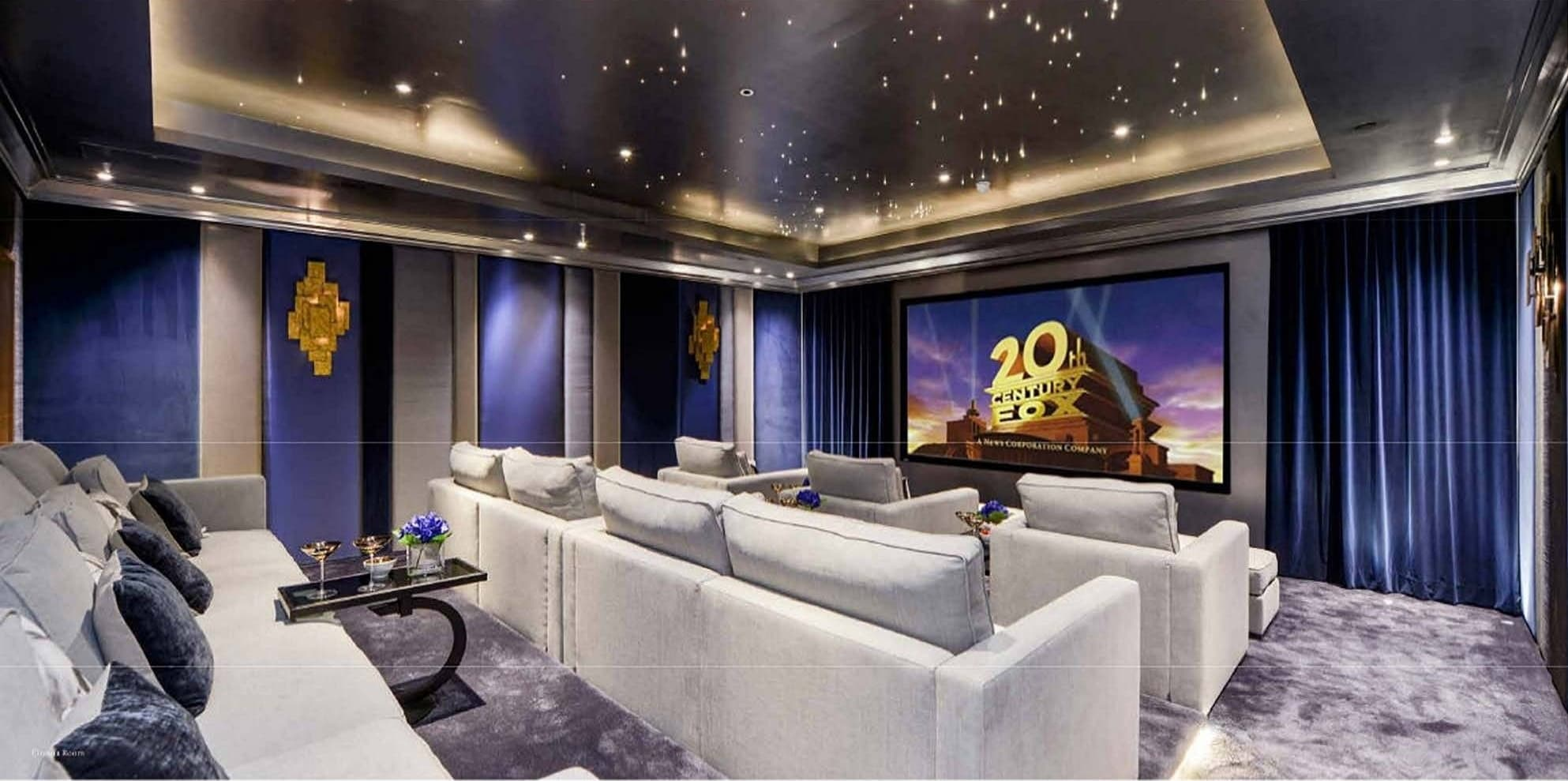 A home cinema in 1 Hyde Park Place. — Photo: Knight Frank Real Estate