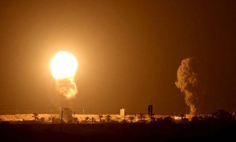 اسرائیلی جنگی طیاروں کی غزہ کی پٹی پر بمباری