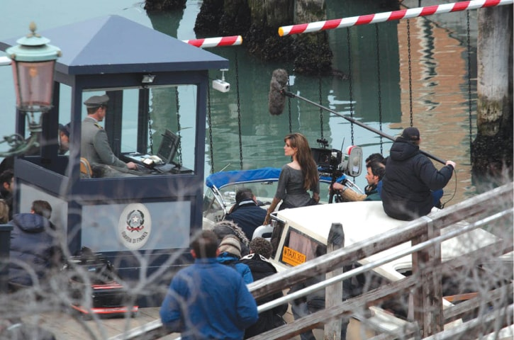 Angelina Jolie filming The Tourist in Venice, Italy, in 2010 | Barbara Zanon/Getty Images