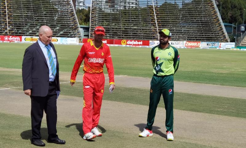 زمبابوے نے ٹاس جیت کر پاکستان کو پہلے بیٹنگ کی دعوت دی— فوٹو بشکریہ ٹوئٹر
