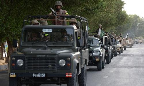 کورونا ایس او پیز پر عملدرآمد کروانے کیلئے شہروں میں فوج طلب