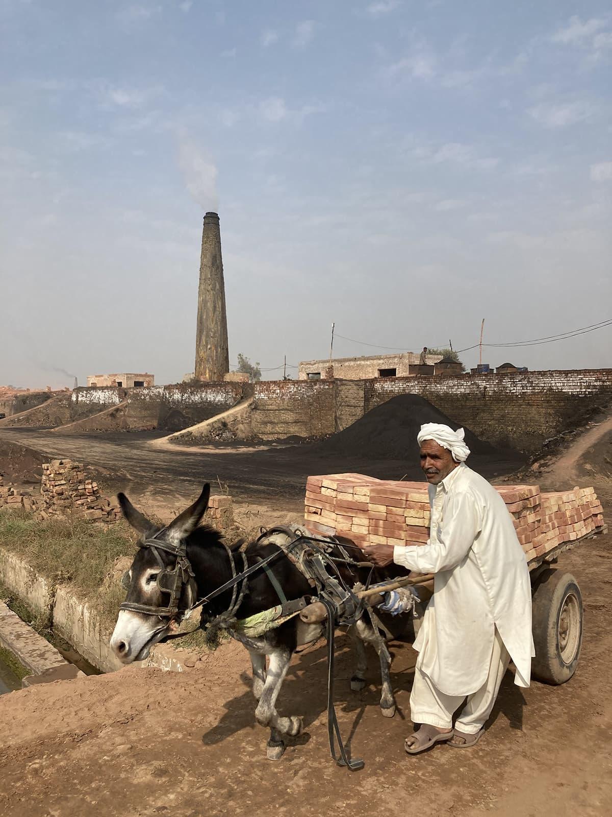 A brick kiln spews white smoke in Kasur, Punjab | Alizeh Kohari