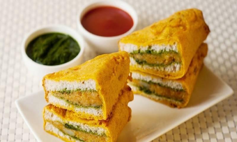 افطار اسپیشل: جھٹ پٹ پکوڑا سینڈوچ بنانے کا آسان طریقہ
