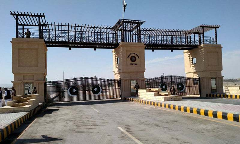 The 'Pakistan Gate' at Taftan, Balochistan is visible from a distance of two kilometres on both sides of the Pakistan-Iran border. ─Photo Courtesy of ISPR/File